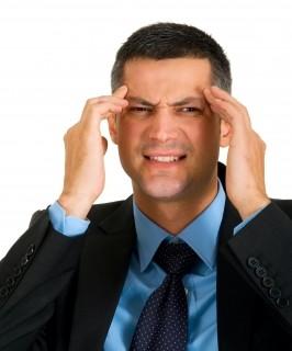 kopfschmerzen-hausmittel_kopfschmerzen-durch-wassermangel